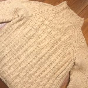 DKNY CREAM CABLE KNIT TURTLENECK